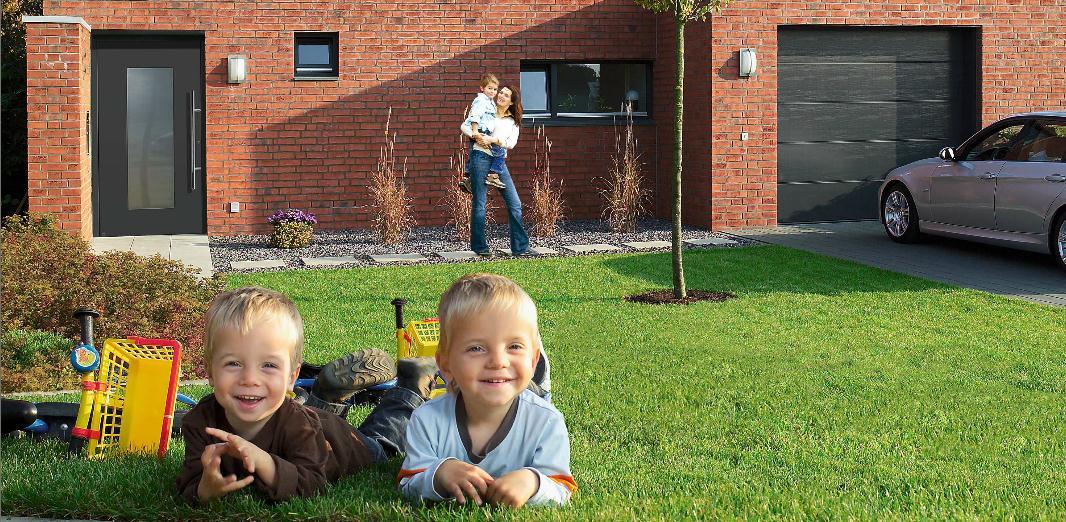 Barnsäkert med garageport från Hörmann