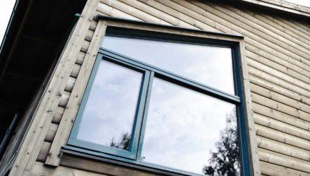 Djärva fönster ger huset en egen profil