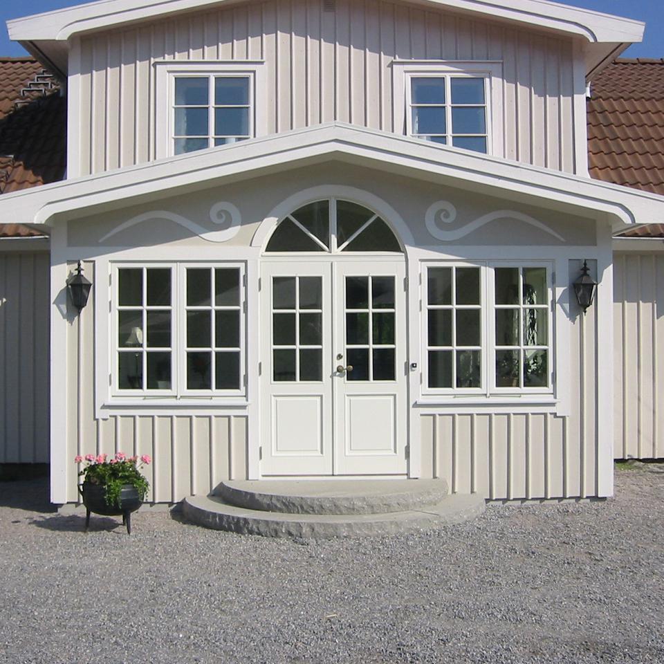 Ytterdörrar från Lurs tillverkade i Bohuslän